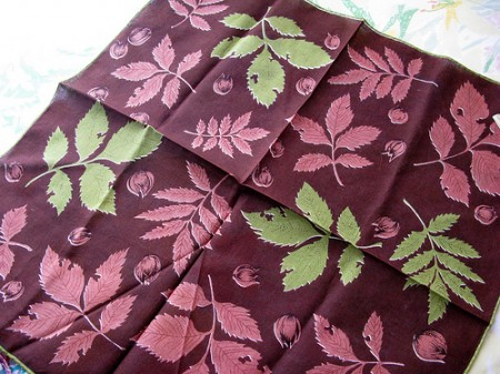 leaves hankie